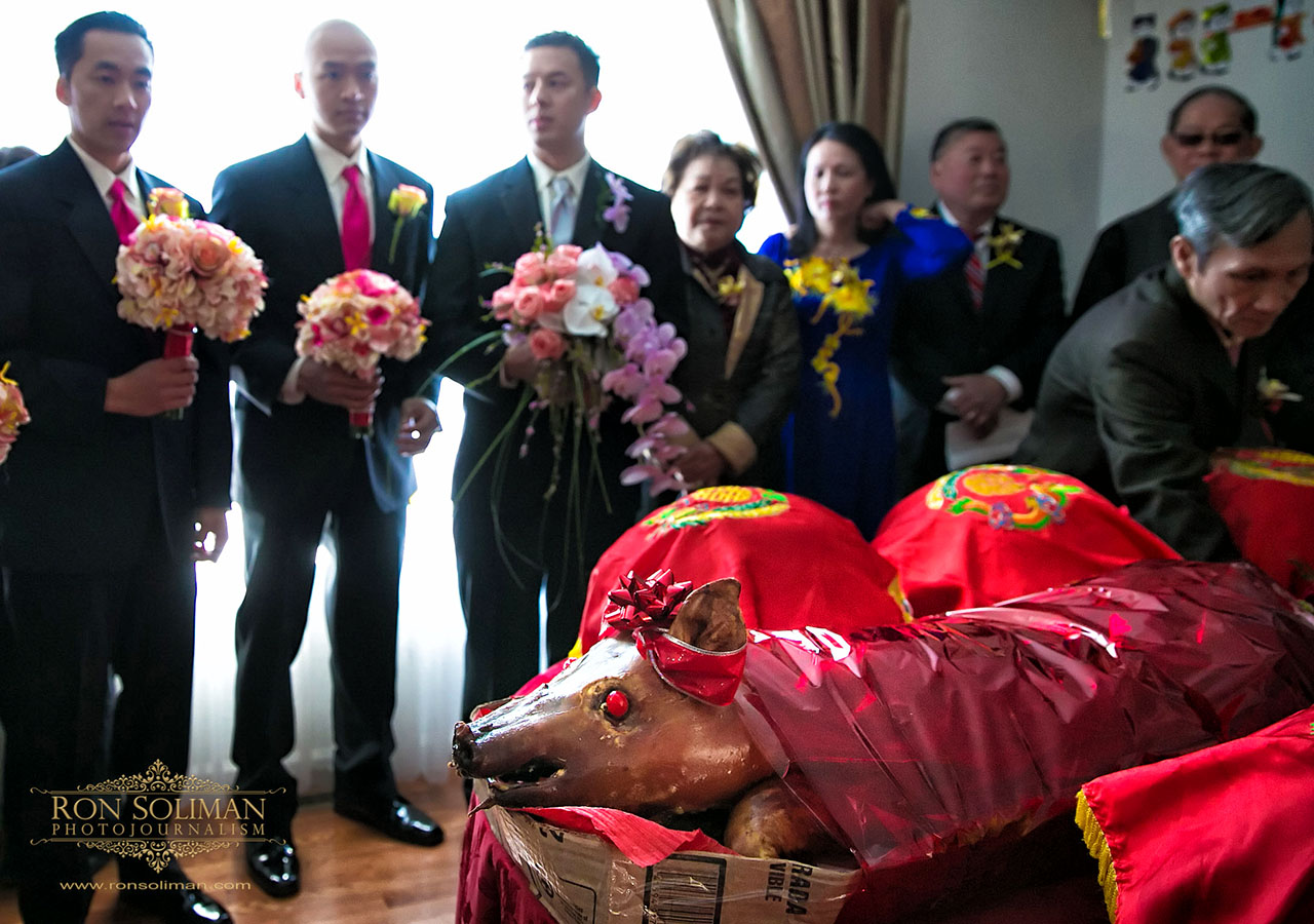 Catholic Wedding Traditions.Vietnamese Catholic Wedding