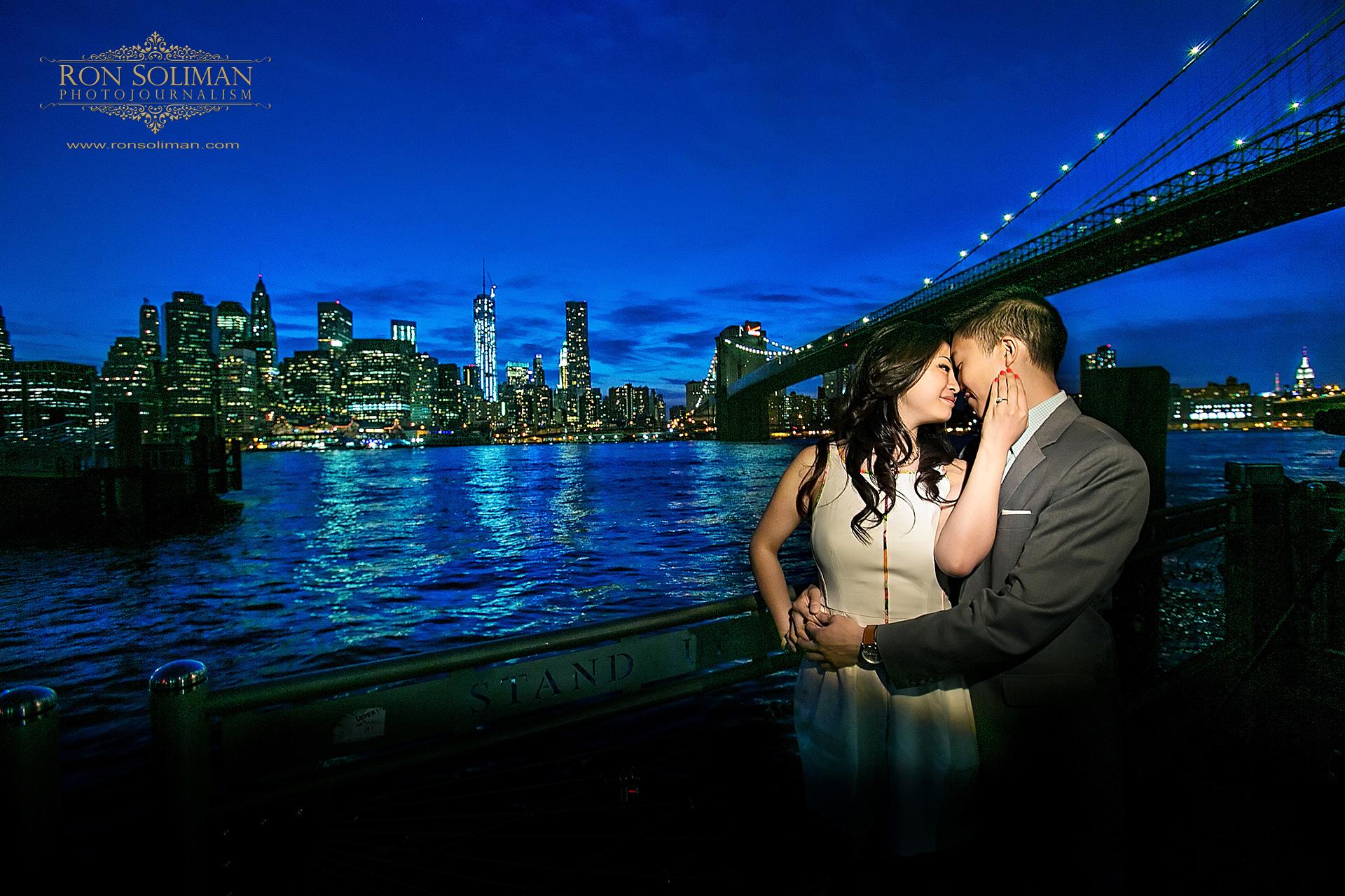 BROOKLYN BRIDGE ENGAGEMENT PHOTOS 02
