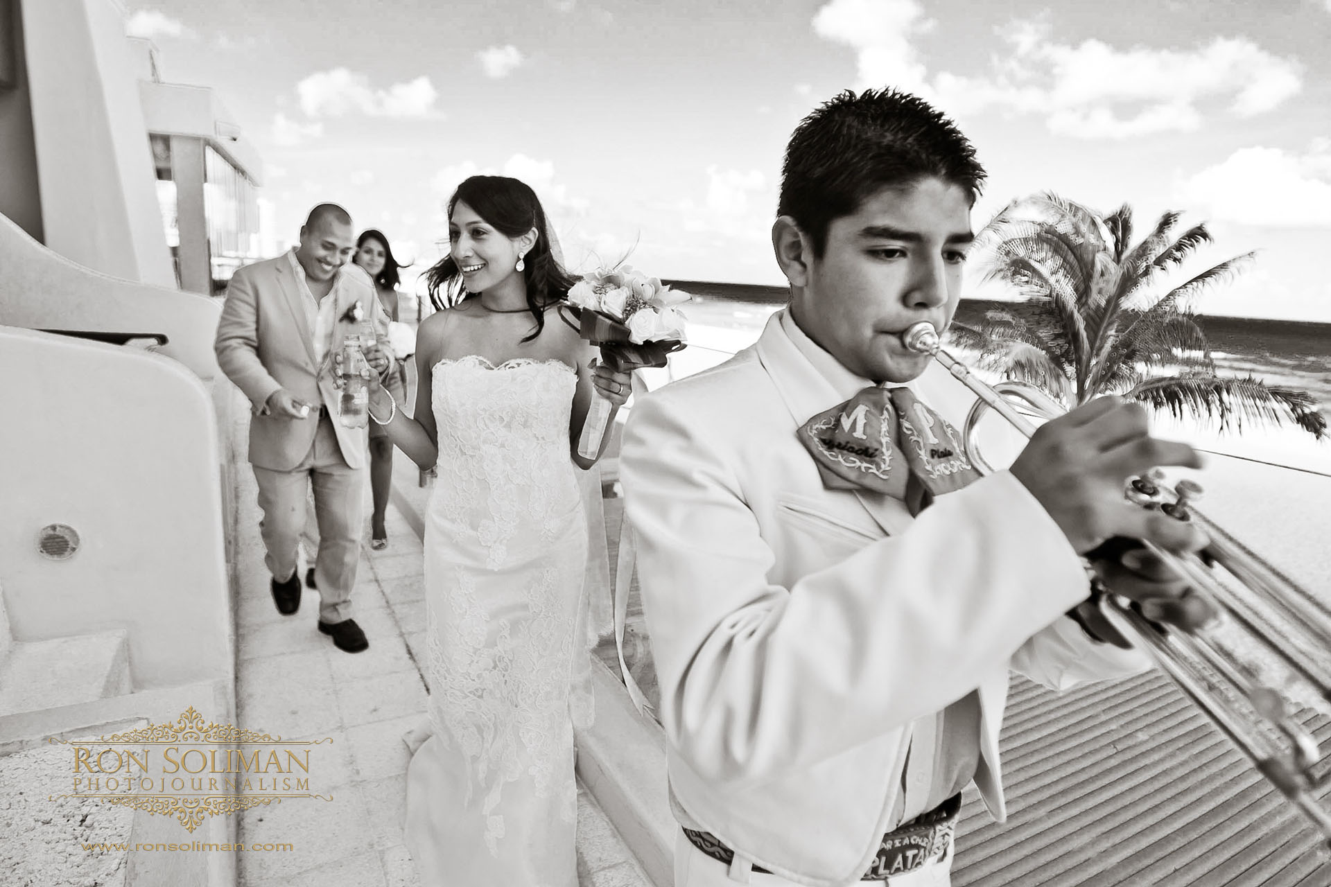 MARIACHI WEDDING IN CANCUN