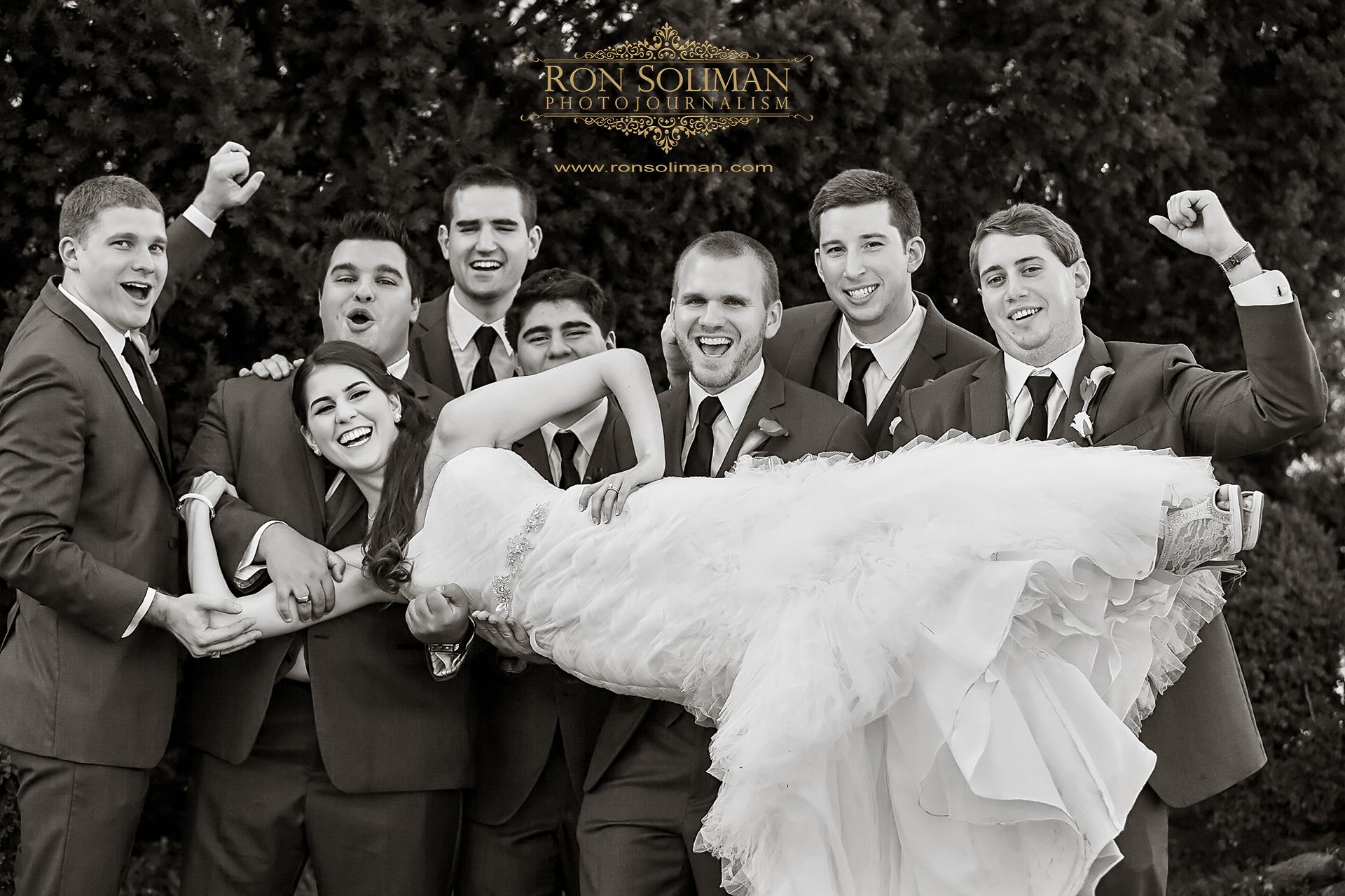 bridal party photo at the Lincoln Memorial in Washington DC