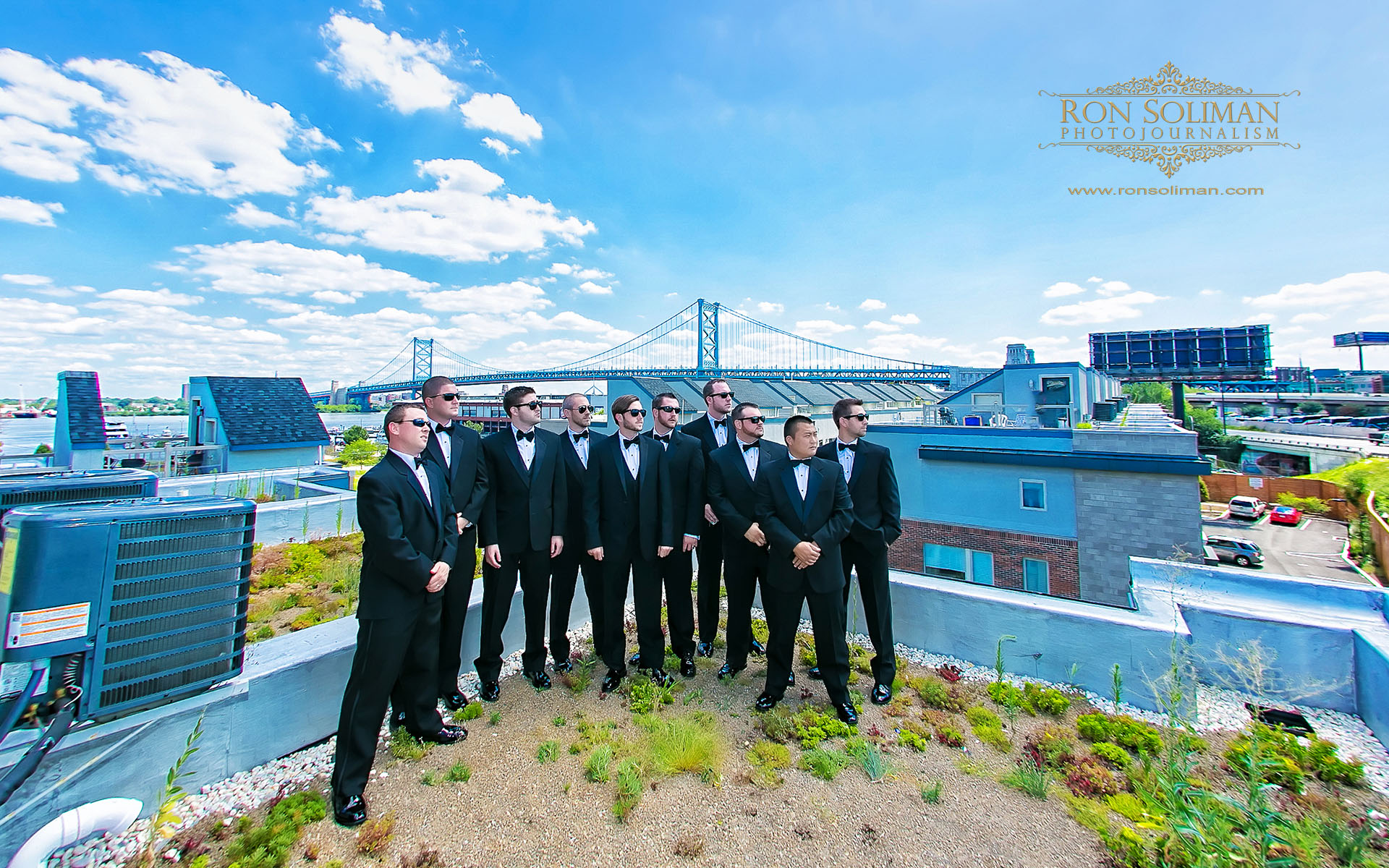 groomsmen photo at ben franklin bridge