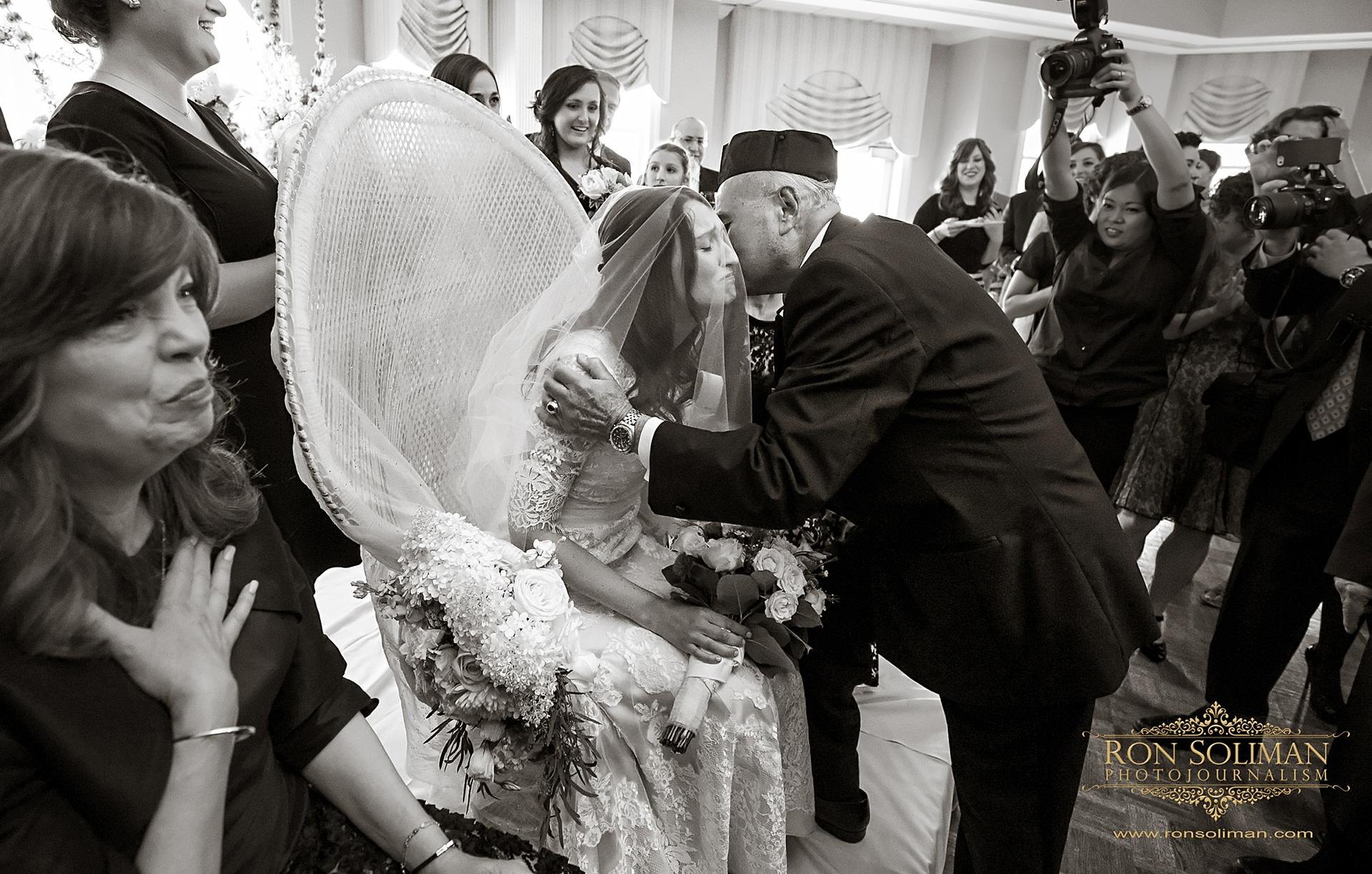 orthodox jewish wedding customs