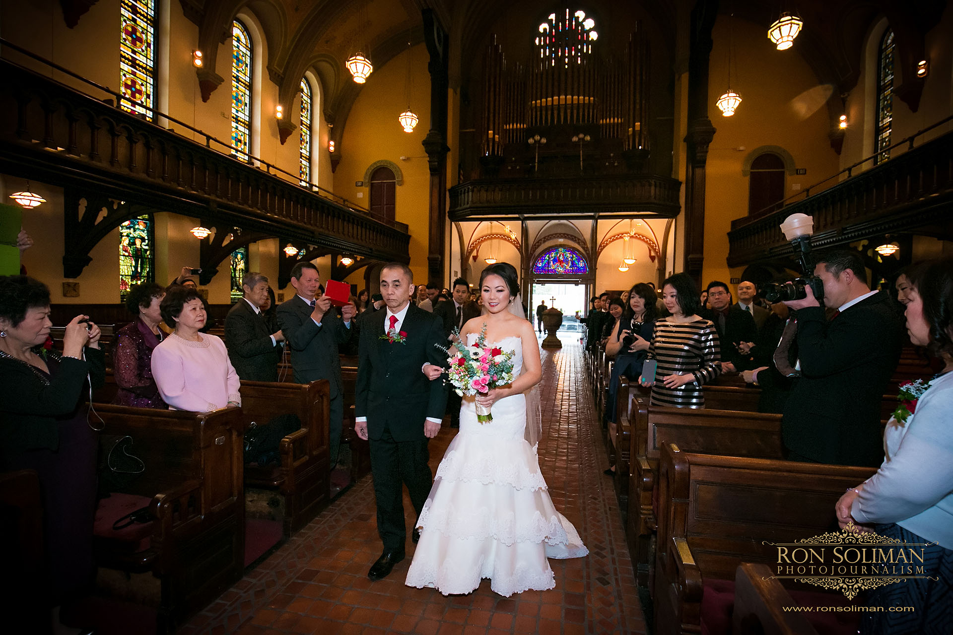 Church of Holy Trinity wedding photos
