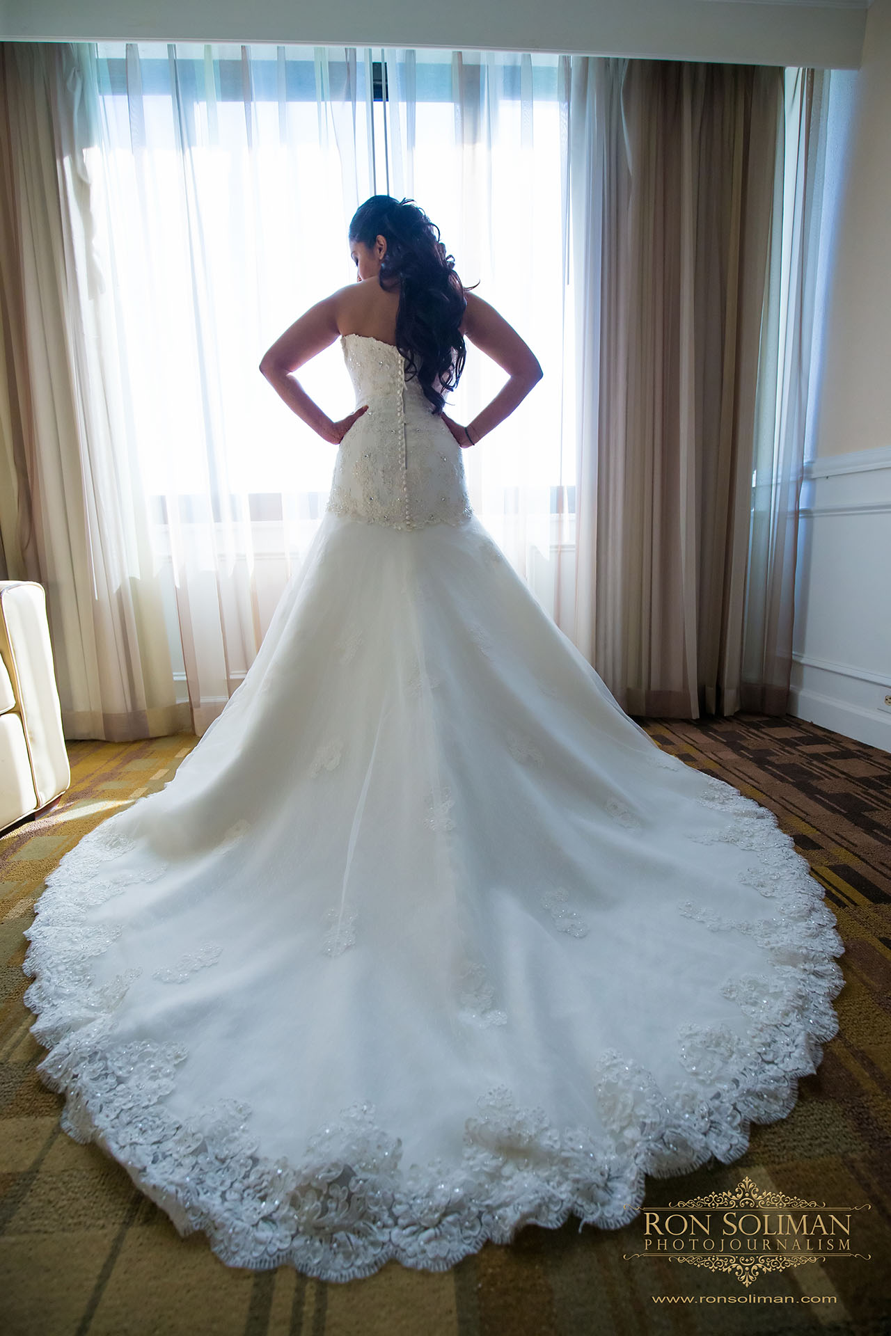 wedding photos at Christ our light catholic church in Cherry Hill, new jersey