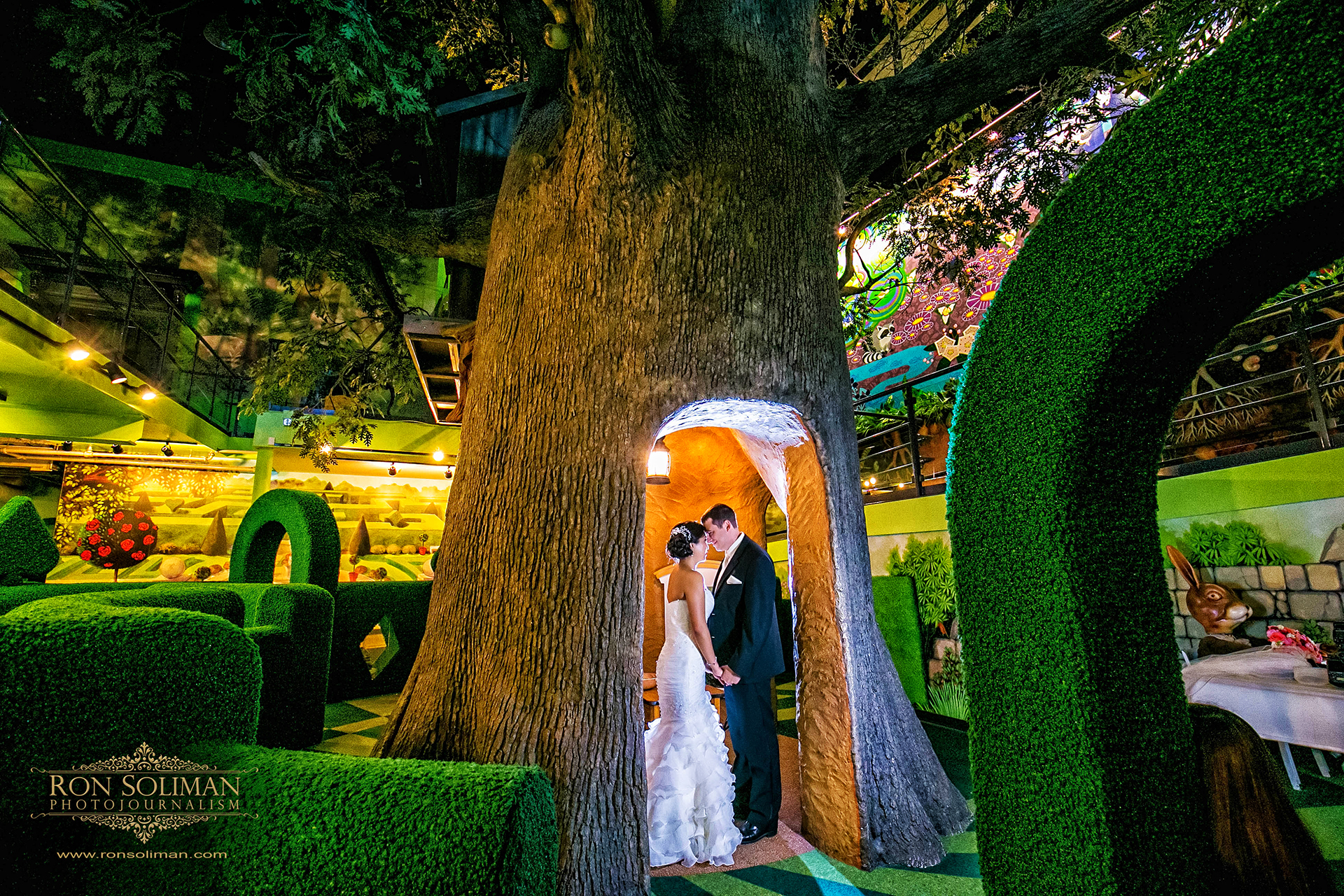 Best wedding photos at Please touch museum