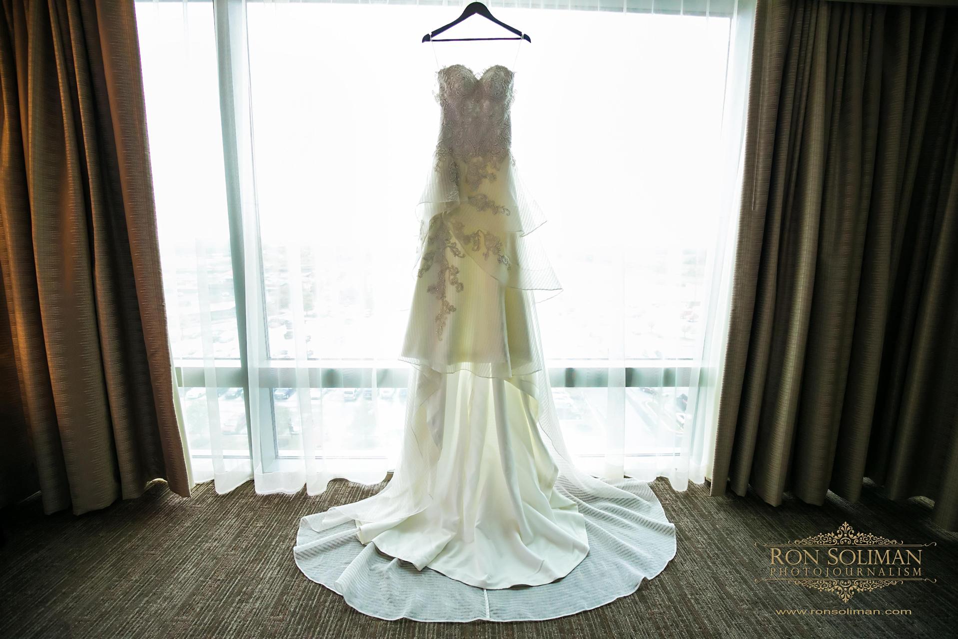 THE WATERFALL Wedding 02