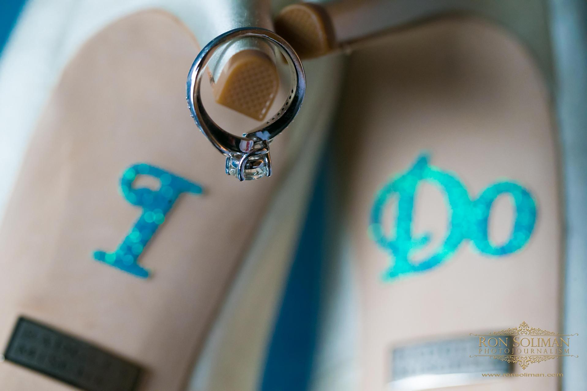 Best bride shoes photos