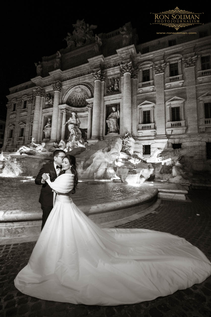 Fontana di Trevi wedding photos