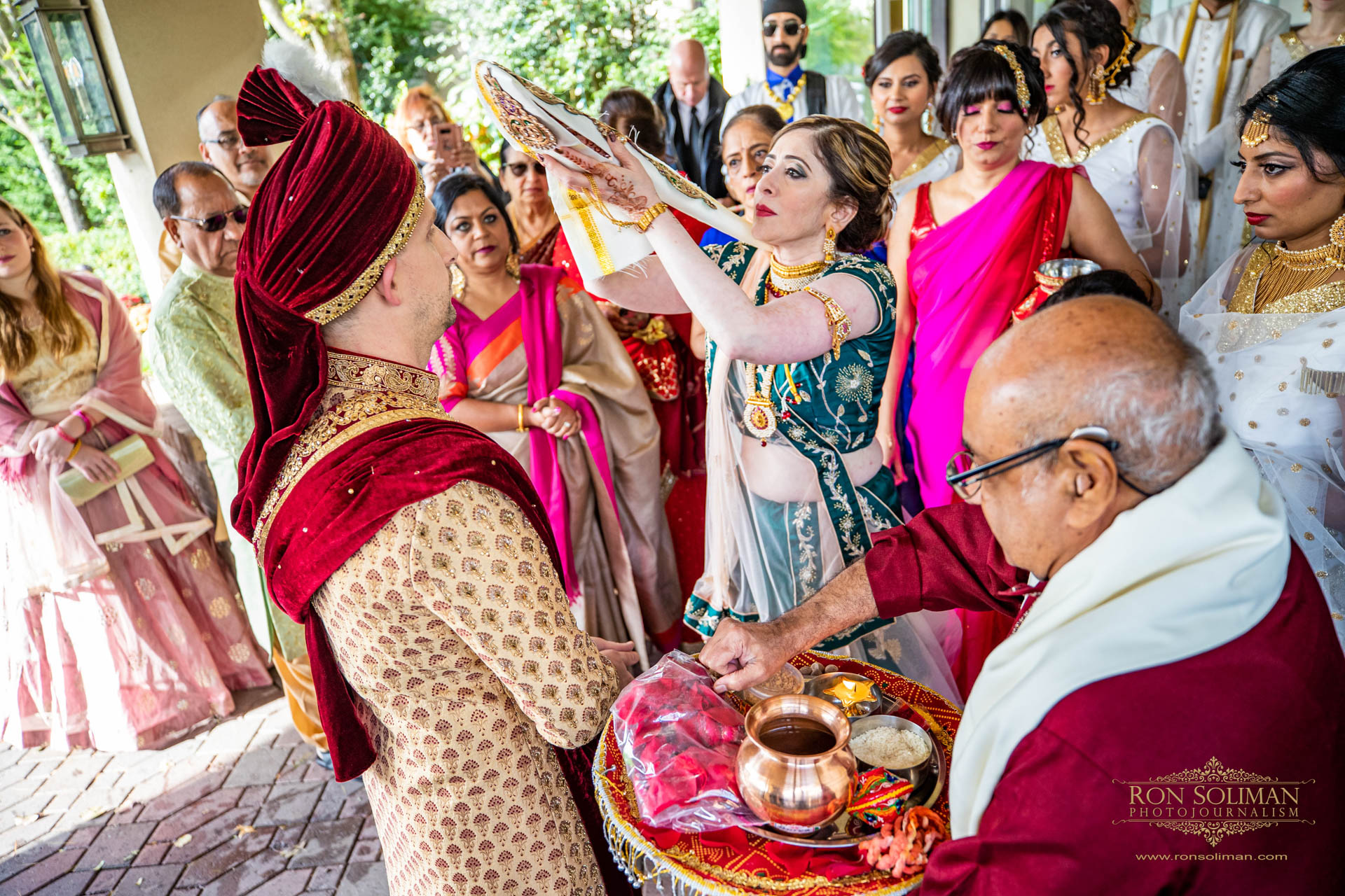 BROOKLAKE COUNTRY CLUB INDIAN WEDDING 24