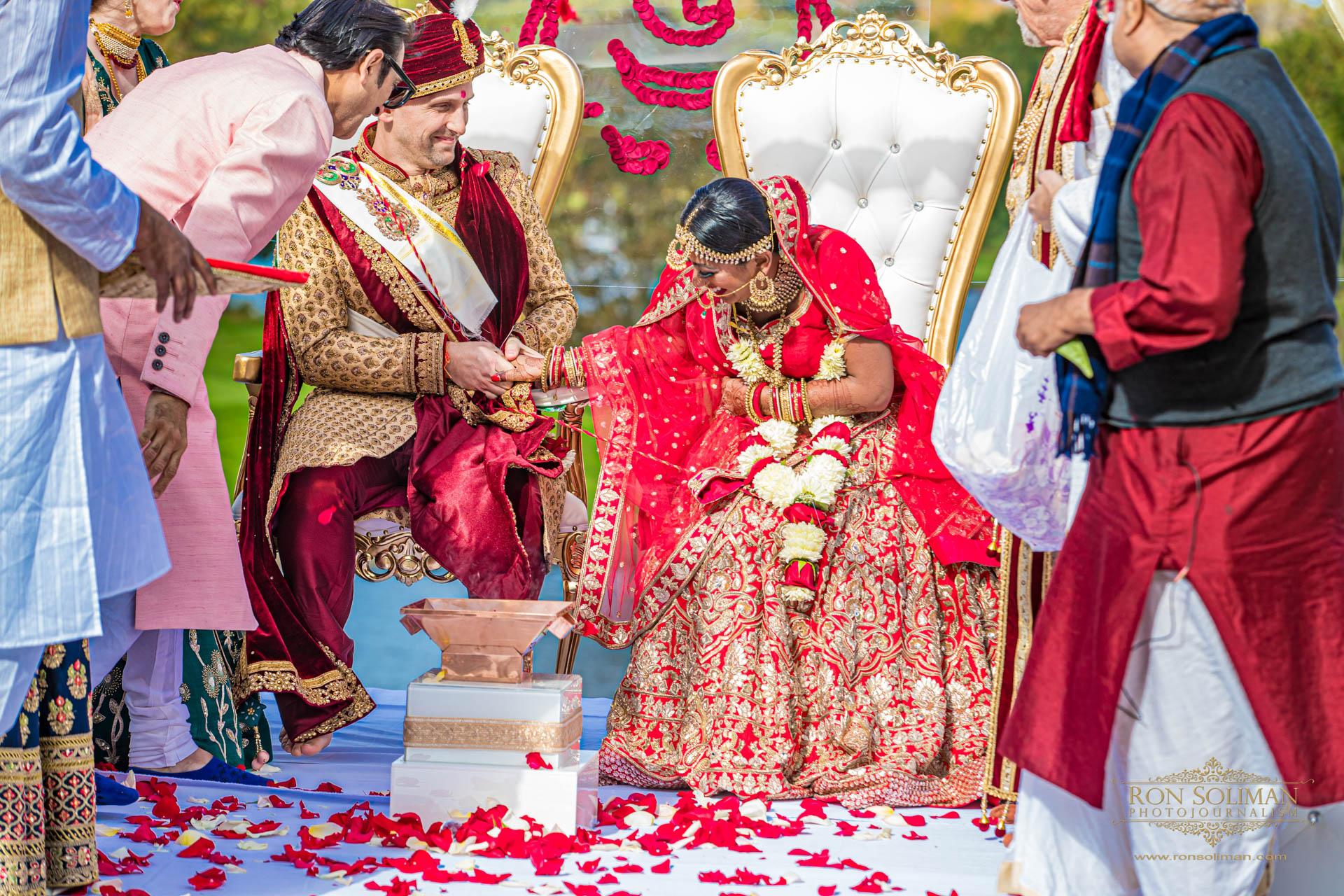 BROOKLAKE COUNTRY CLUB INDIAN WEDDING 31