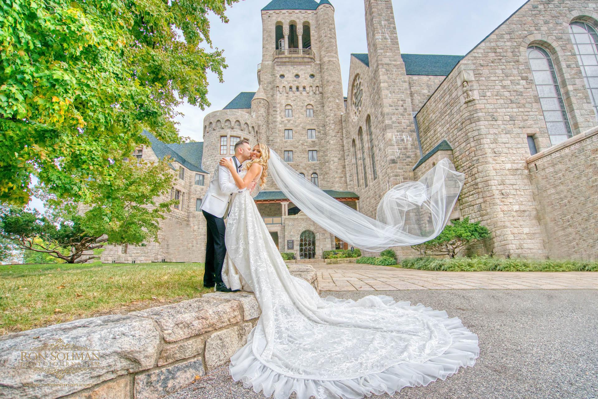GOLDEN GATES RESTAURANT WEDDING 14
