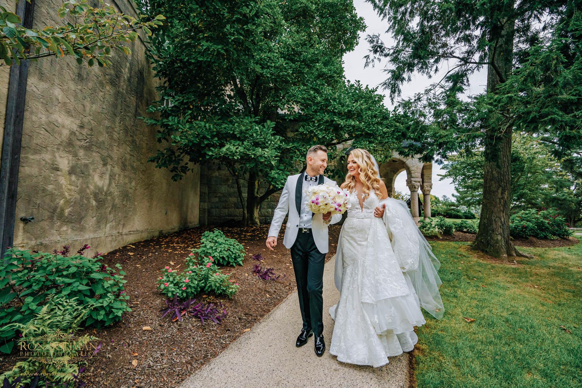 GOLDEN GATES RESTAURANT WEDDING 22