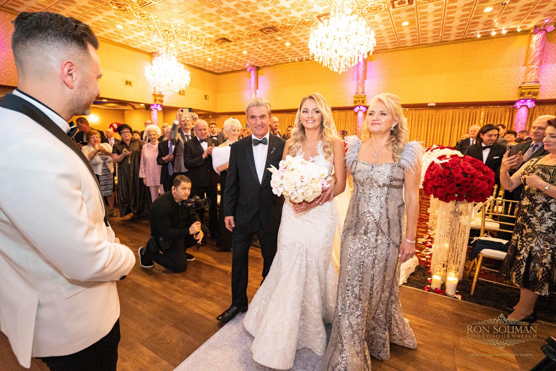 GOLDEN GATES RESTAURANT WEDDING 26