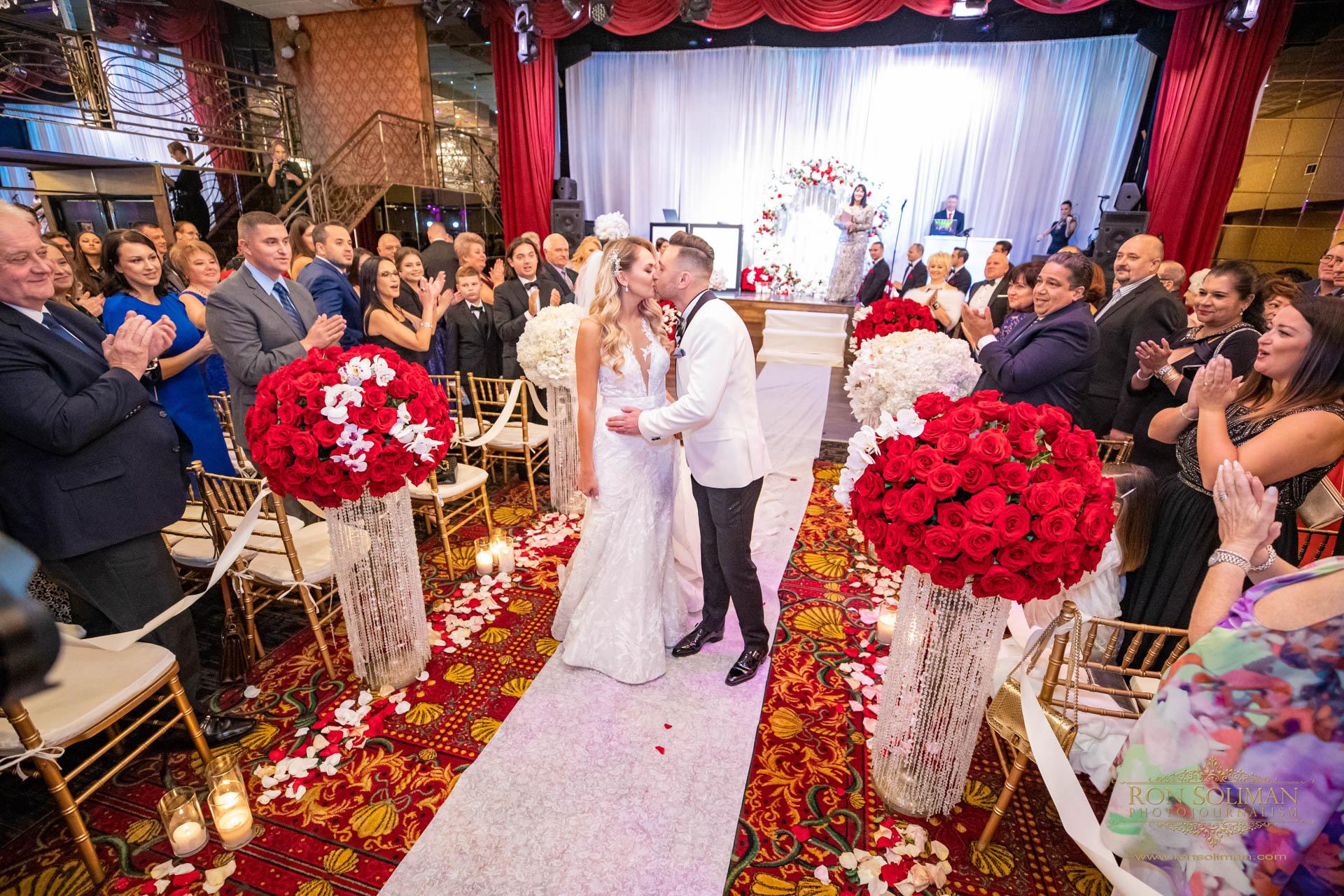 GOLDEN GATES RESTAURANT WEDDING 29