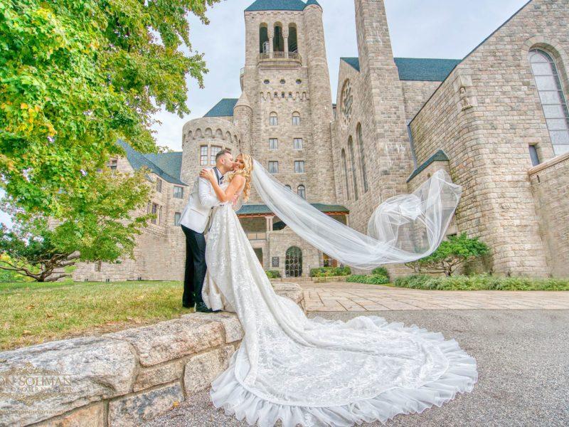 Golden Gates Restaurant Wedding | Maria + Steve
