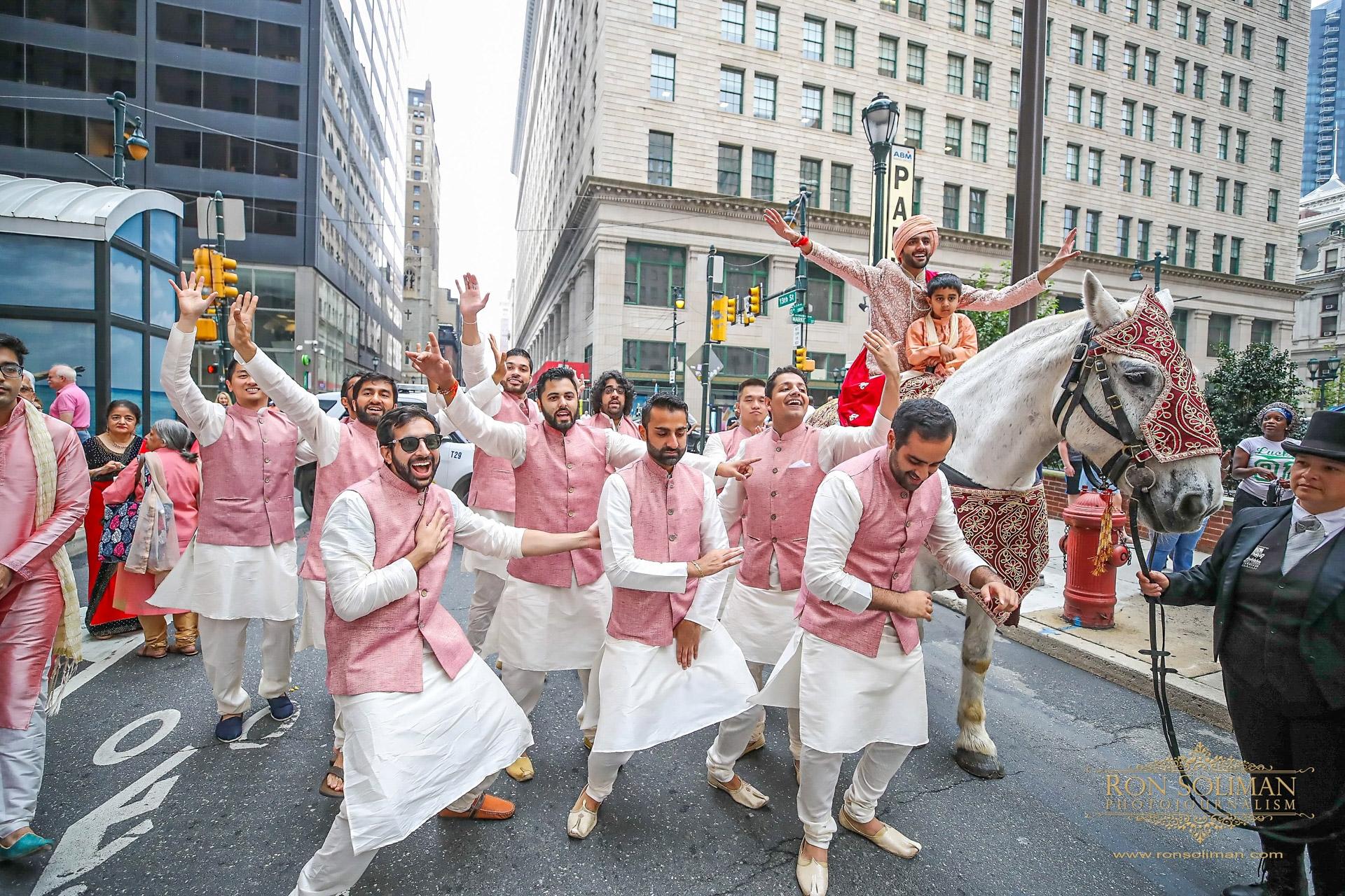 Downtown Marriott Philadelphia Wedding 14